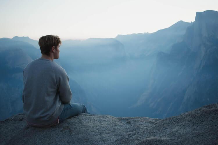 sozinho na montanha - A oração é um remédio para o corpo e para alma