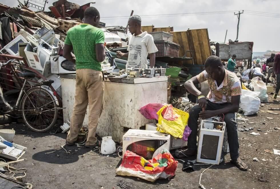 Lixao em Gana - Uma reflexão sobre consumo e sustentabilidade