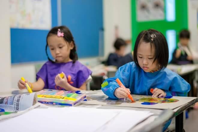 meninas singapura - Singapura aposta no ensino que desenvolve as habilidades e não a competição