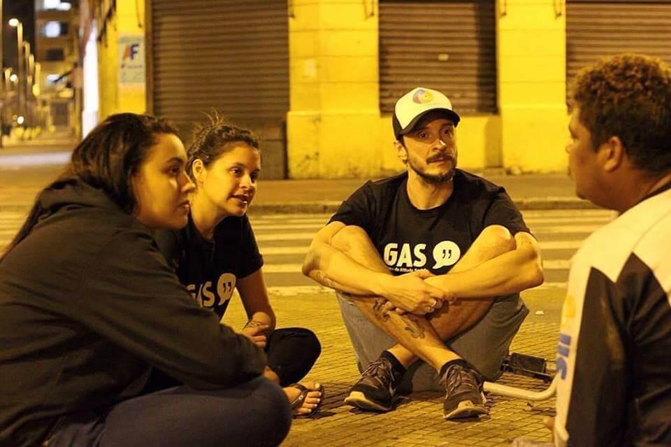 Lucas 2c - Moradores em situação de rua de São Paulo ganharão lavanderia