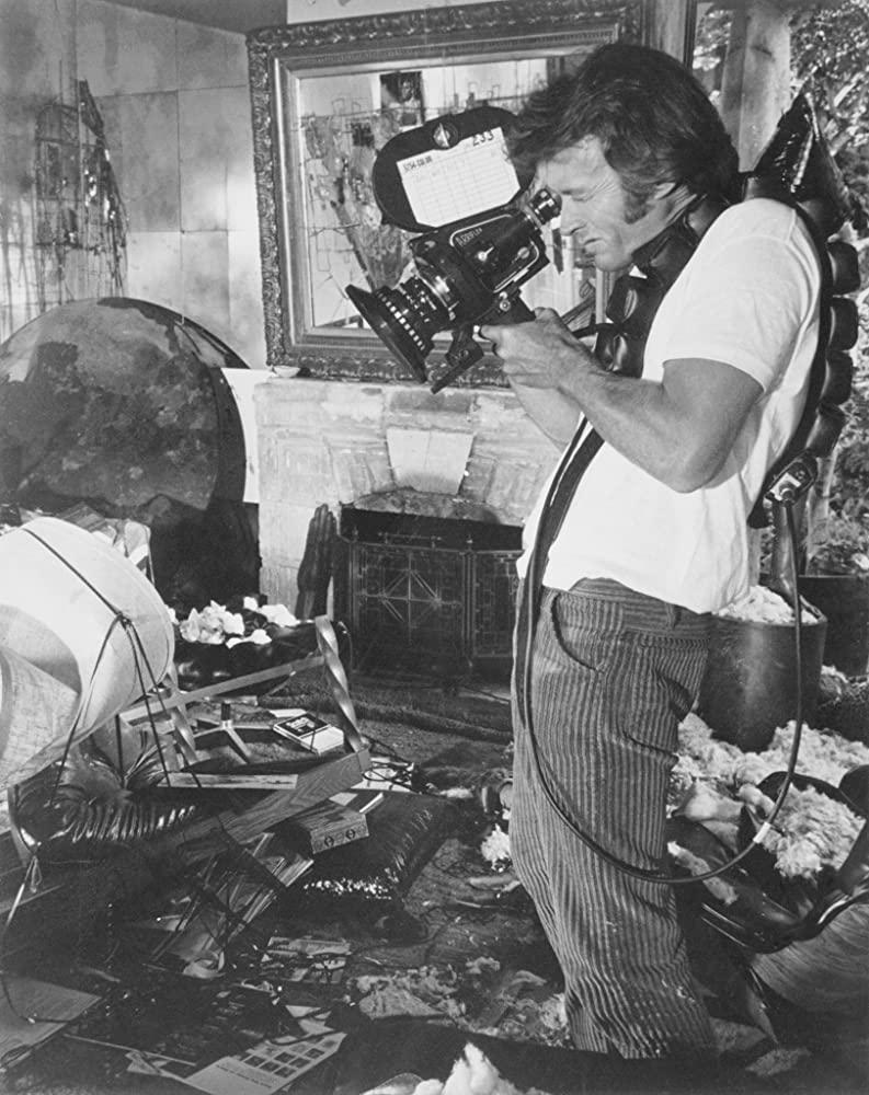 clintcomcamera - Clint Eastwood, uma lenda do cinema que não pensa em parar de trabalhar