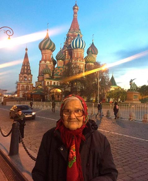 elena08 - O pessoal da terceira idade mostra que é bom viajar sozinho